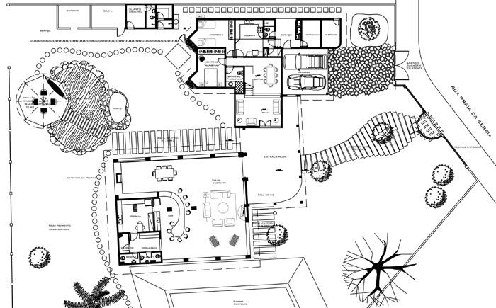 Plan du Rdc comprenant le jardin et une partie de la piscine.
