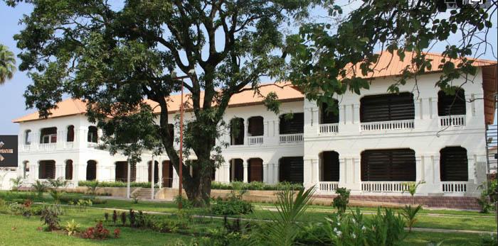 3a-ambassade-france-kinshasa-facade-agence-morlat